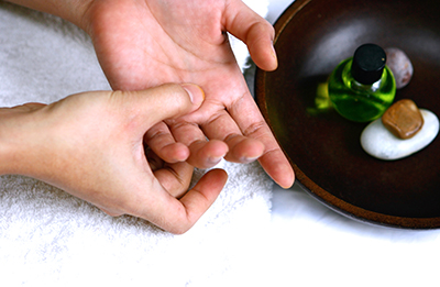 Report: Self-Acupressure Can Help Relieve Constipation ...
